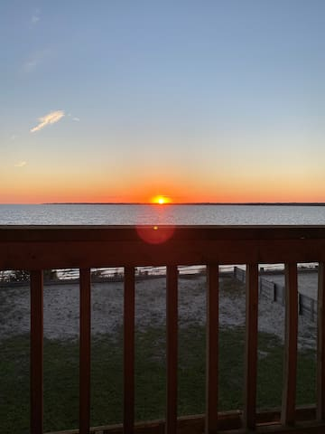 Stunning bay views and sunsets.  Entire home!
