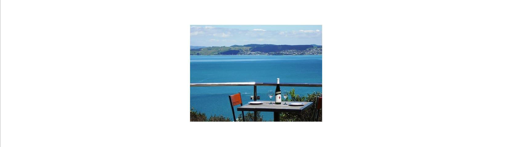 Crosstrees Chalet - Amazing Sea Views