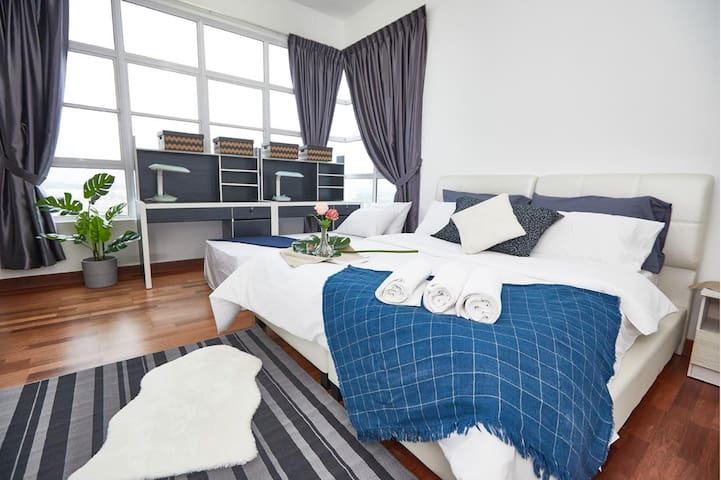 Master Bedroom | Horizon Residence Bukit Indah 2