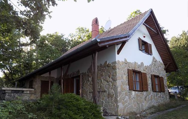 Forrest house - Balatongyörök - House