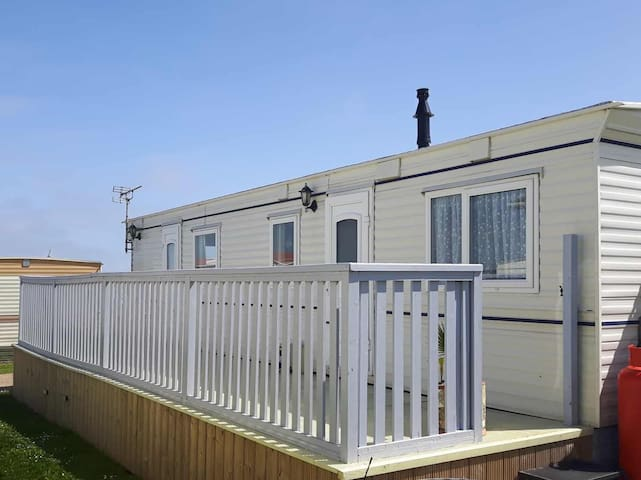 172 our cosy pet friendly caravan trimingham
