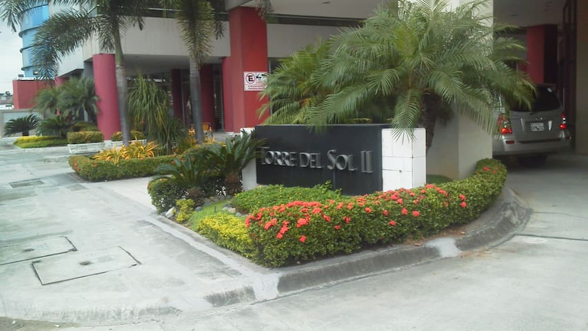 Suite full amoblada al Norte de Guayaquil.