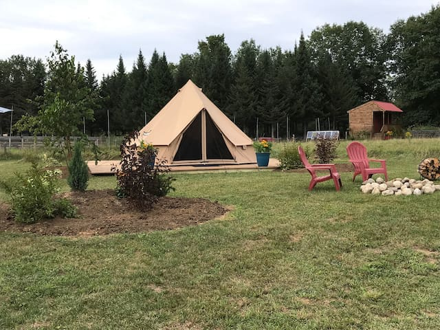 The Woods Glamping Tent