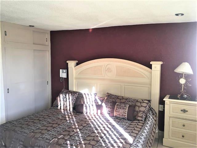 Habitación Privada - Con Servicios