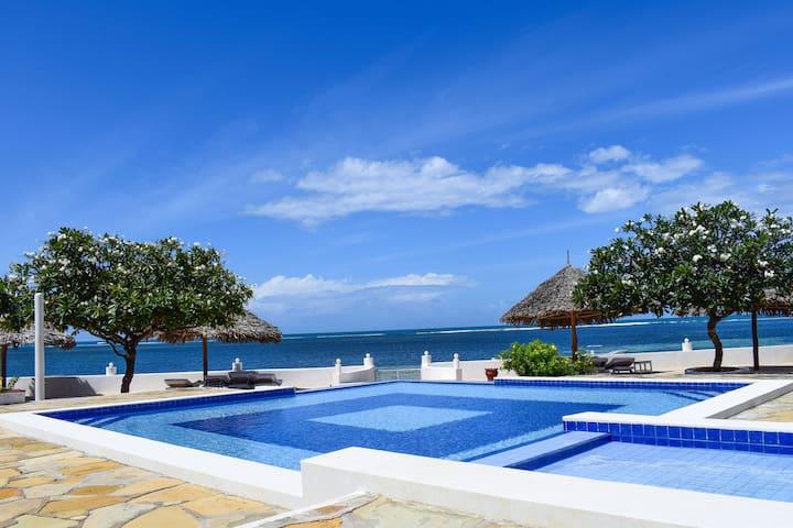 Fabulous Beachfront Luxurious Home in Malindi, KE