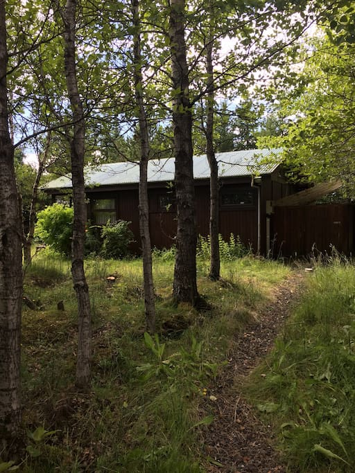 30 m walk from the road and the parking to the cabin.
