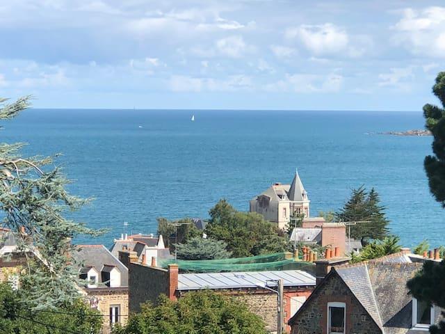 Les Flots Bleus Appartement avec vue mer