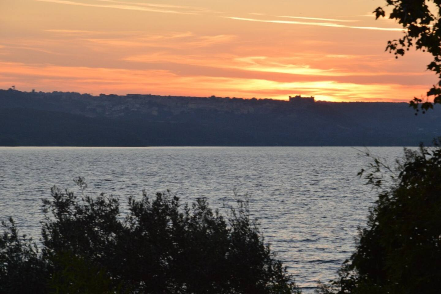 B&B Loto - Villa in the Park on the Bracciano lake - Bed and ...