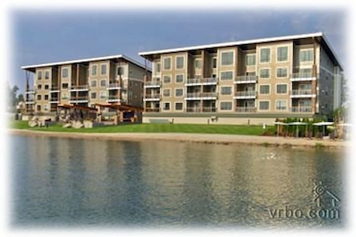 Lakefront Luxury Condo the Seasons at Sandpoint - Sandpoint - Társasház