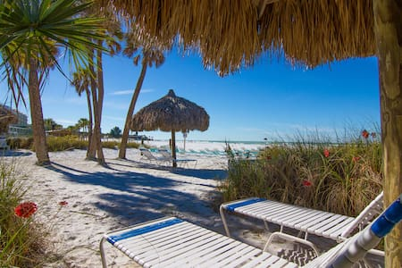 Location,Location,Location-Beachfront-Siesta Key - Társasház