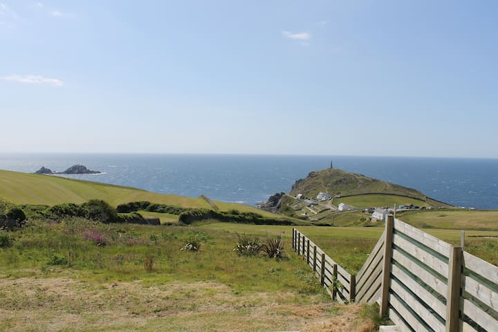 Cape Cornwall sea view apartment. - Cornwall