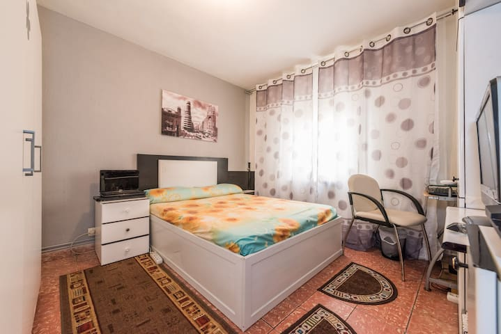 Una bonita habitacion - Alcobendas - Lägenhet