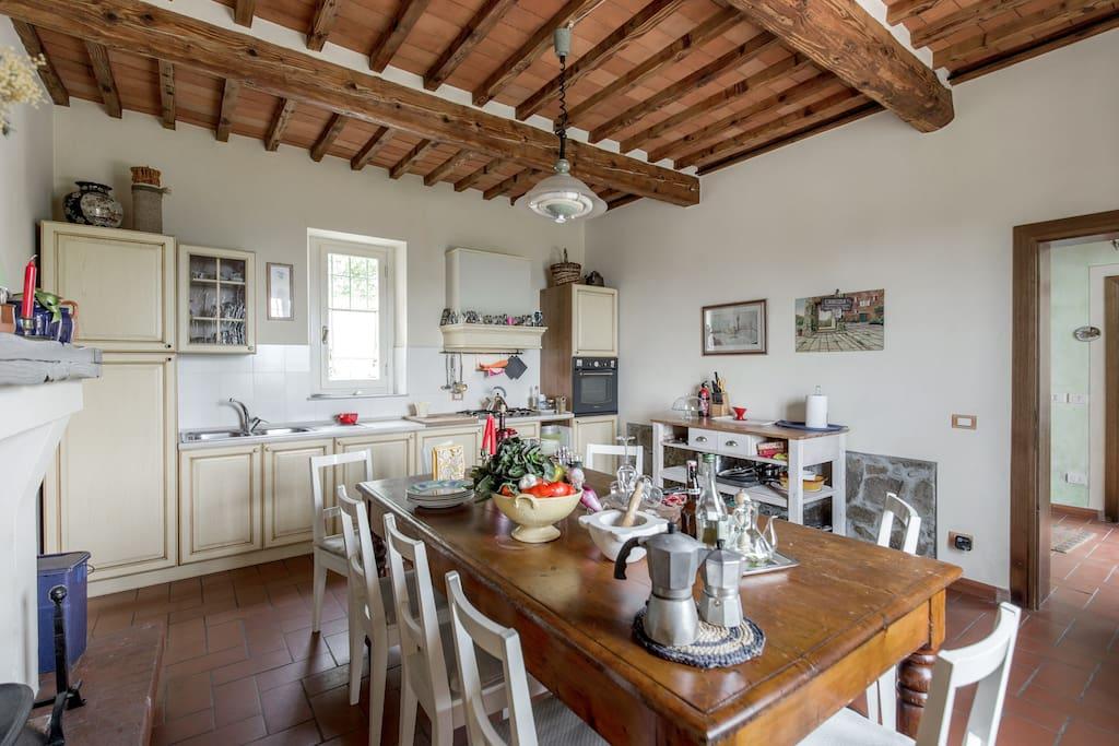 villa blue sky pool villas for rent in borgo a buggiano toscana italy. Black Bedroom Furniture Sets. Home Design Ideas