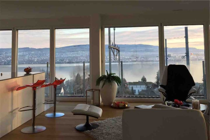 Fantastic views, ideal business stay