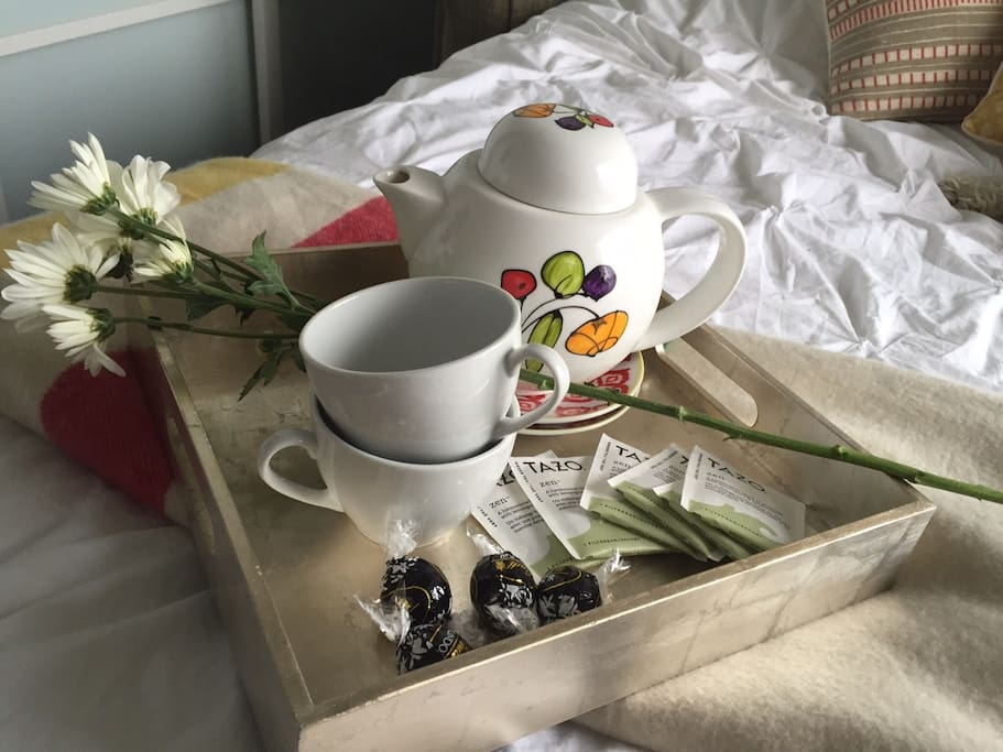 Breakfast, tea and chocolates on us. Welcome!