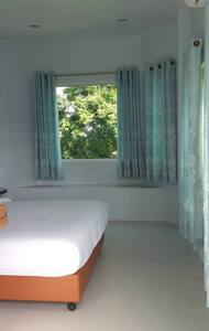 Anong Garden View : single room - Mittaphap