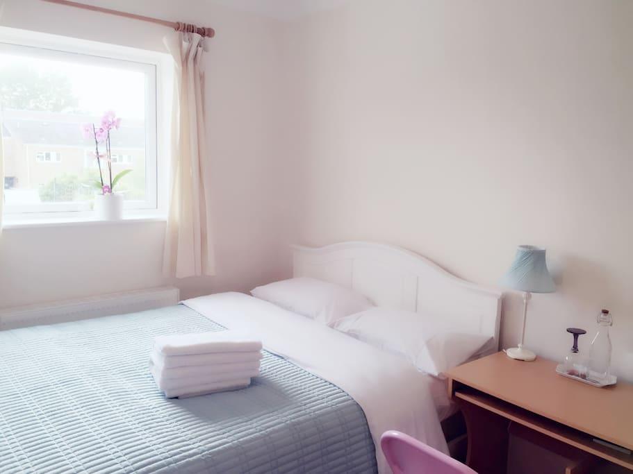 very comfortable double bedroom