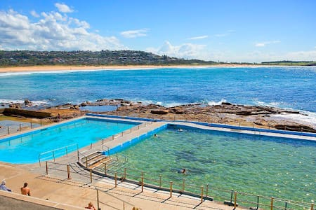 Beachfront Unit in the heart of Dee Why Beach - Dee Why - Appartement