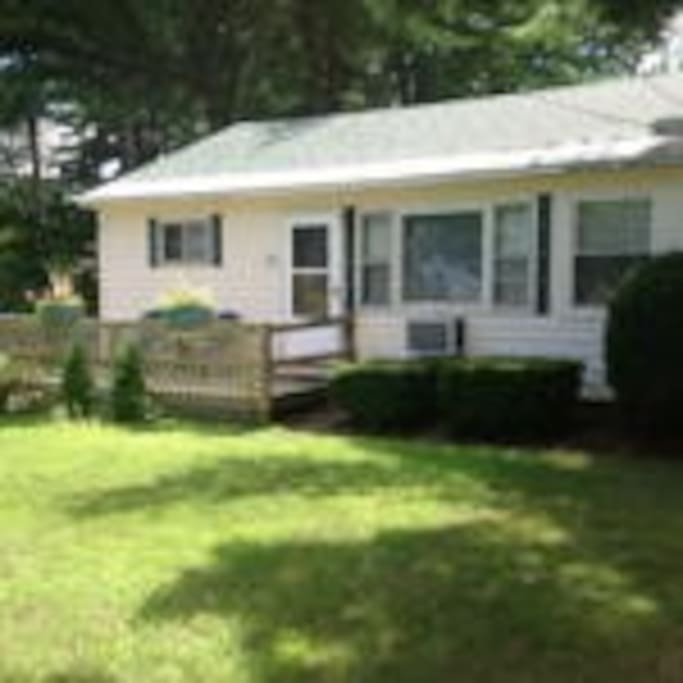 Marian lodge 20 cabins for rent in lake george new for Lake george cabins and rv park lake george co