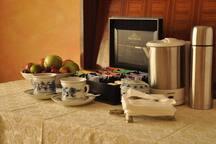 Bollitore, thè e caffè a disposizione (anche frigorifero a disposizione)