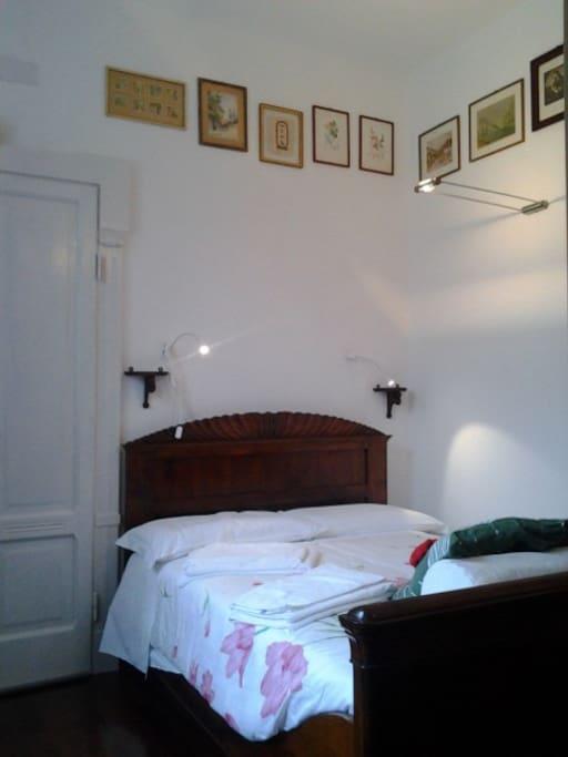 La camera con il letto alla francese per dormire vicini