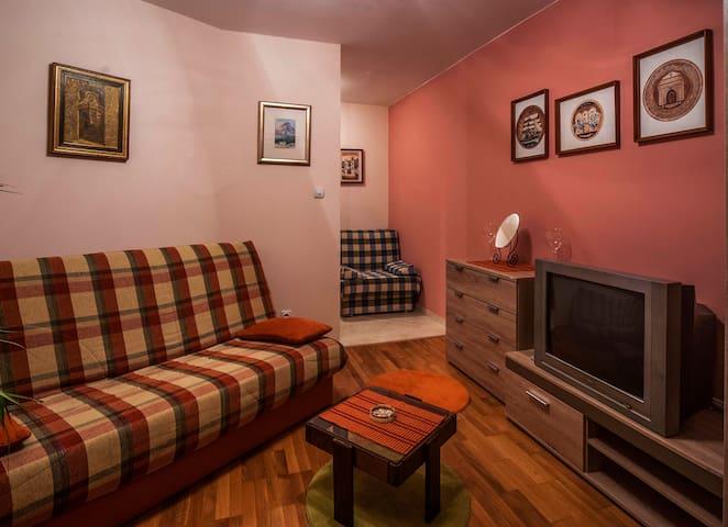 Cozy Studio Apartment in Dobrota - Dobrota - Wohnung