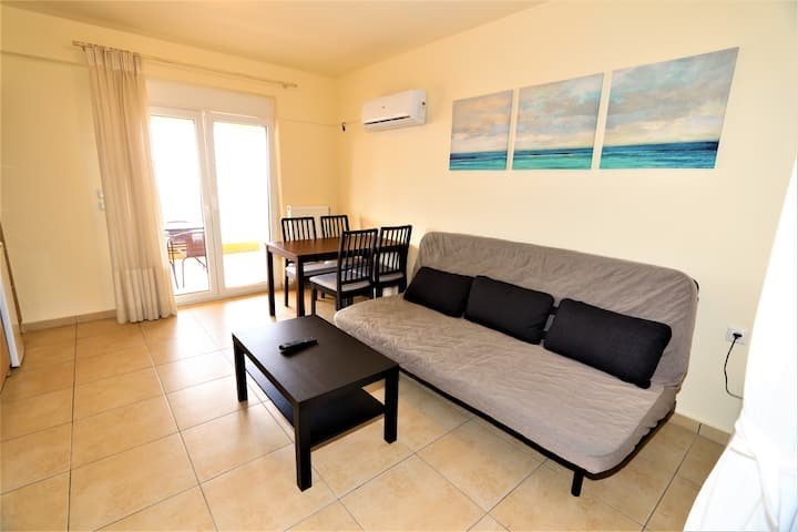 A beautiful fully-equipped flat in Edipsos !!!