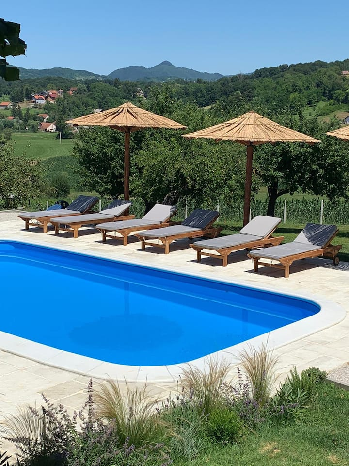 Puhek breg, luxury countryside villa