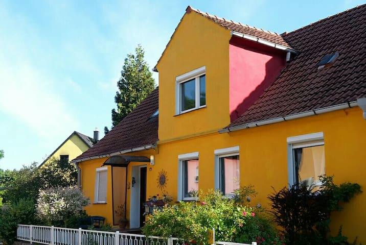 Großes Haus in Traumhafter Natur ! Ostsee nähe ! - Hanshagen - House