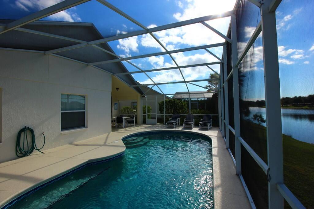 Architecture, Skylight, Window, Pool, Resort