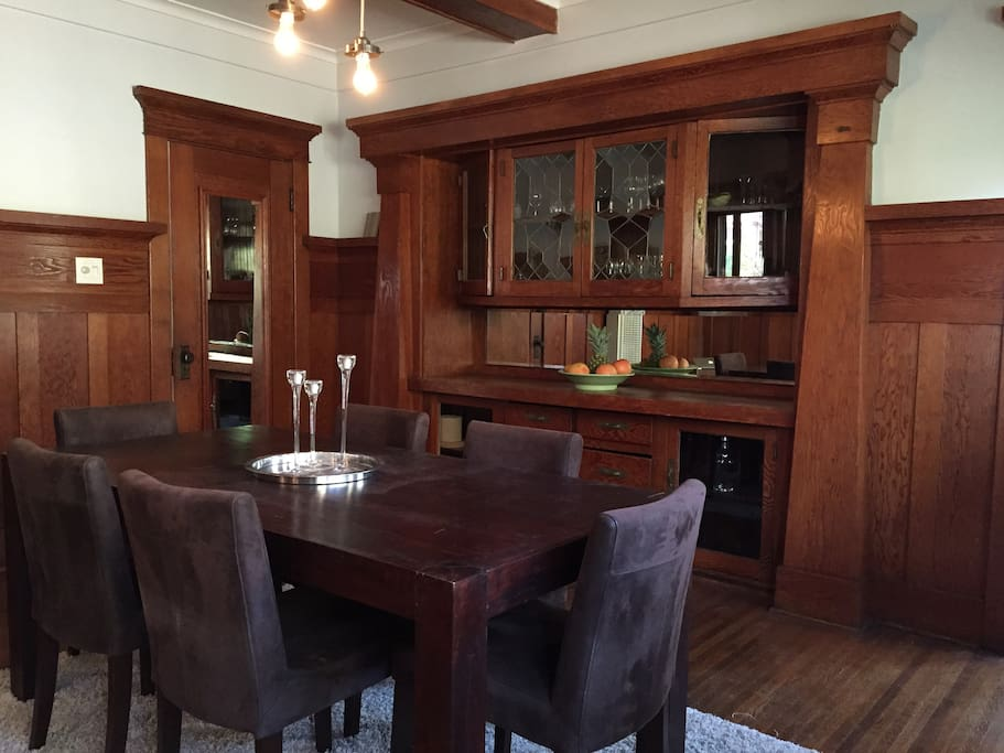 Dining room seats 6+ people.  Plenty of dishes and crystal for entertaining.