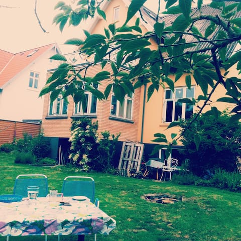Charming house ideal for family - Aarhus - House