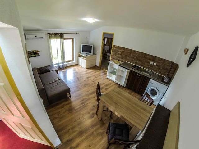 Cosmin One Bedroom Apartments - Năvodari - Talo
