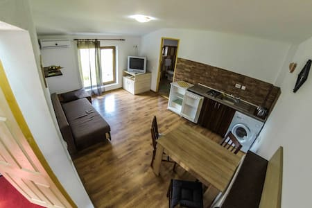 Cosmin One Bedroom Apartments - Năvodari - Dom