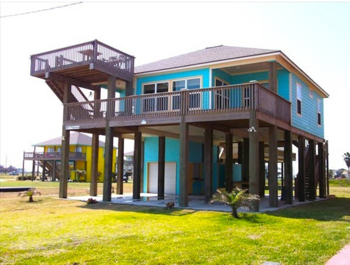 Tropical Beach Front House - Houses for Rent in CRYSTAL ...