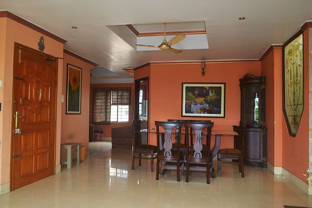 Dining area at OK! North East Riverview Homestay