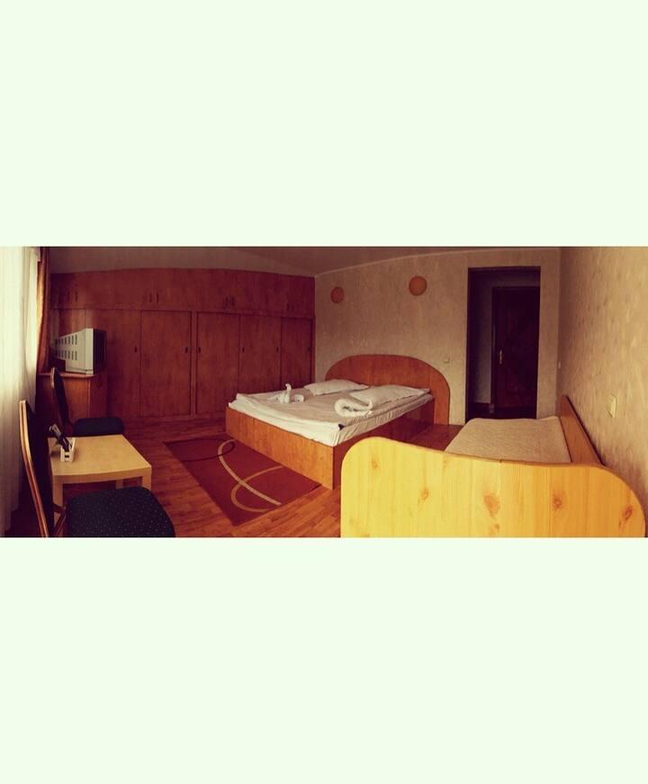 Triple Room No.7