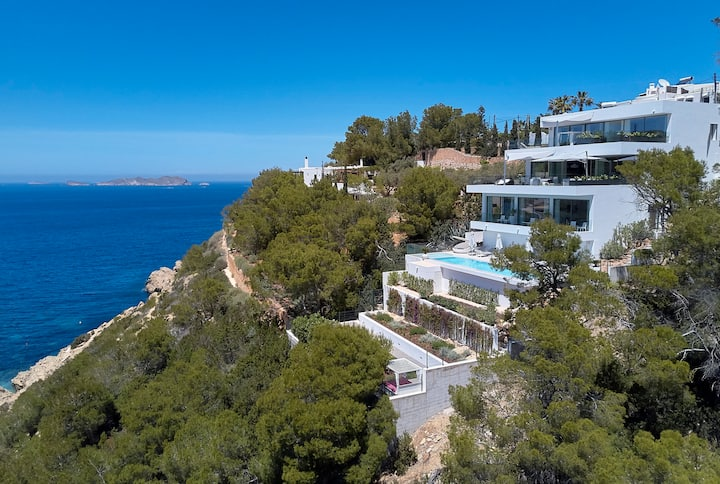 Luxury Ibiza villa w. pool and private sea access