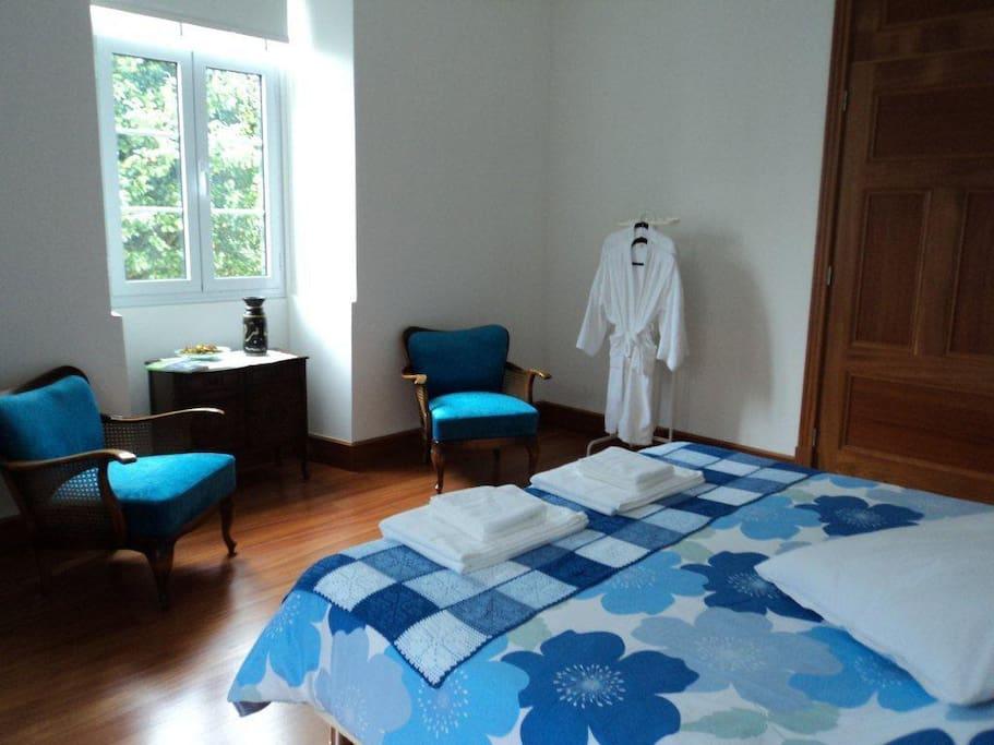 Hortensia Garden bedroom