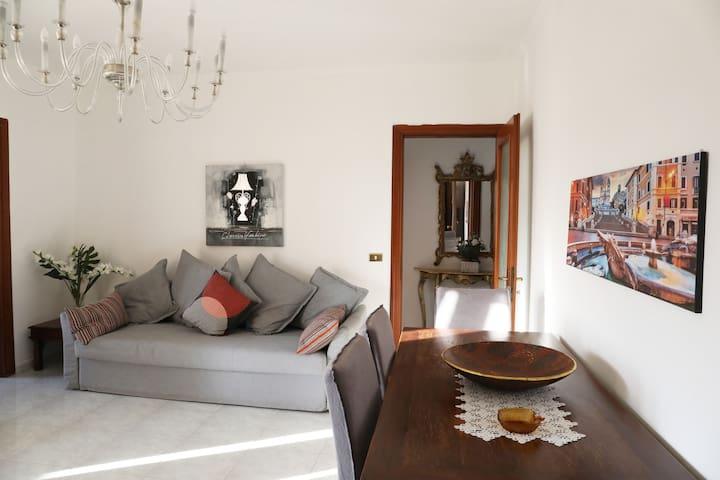 PORTA DI ROMA DA TANIA, grazioso appartamento.