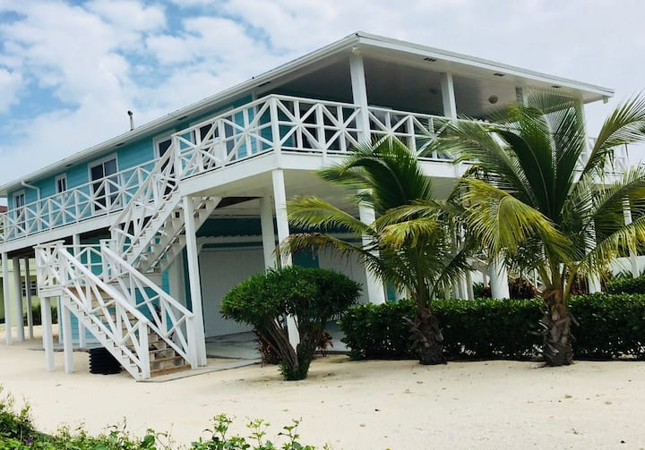 "Get ""Caught Up in a Dream"" at luxury Bimini home"