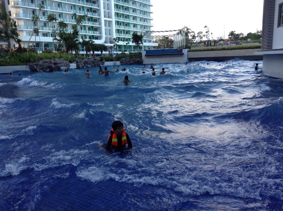 Wave pool ...pls viber me if interested to book +447515813993