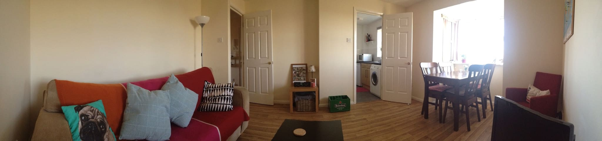 Spacious flat in Biggleswade - Biggleswade - Apartment