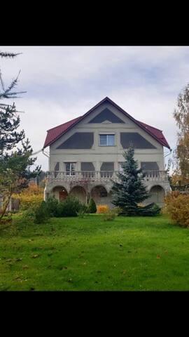 Замечательный коттедж рядом с Санкт Петербургом