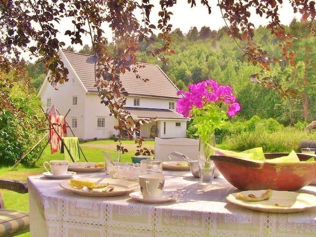 Øvre Gill Farm - Kristiansand - Rumah atas pokok