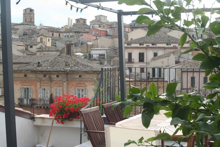 Spacious apt in historical Lanciano - Lanciano - Apartament