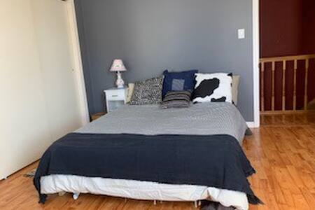 Cozy room very close to Delaware River