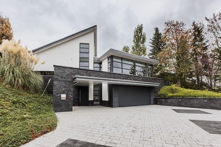 ★Luxe en rustige villa bij Heuvelland&Maastricht★
