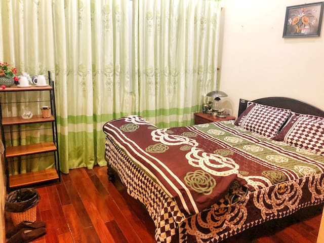 Private room near westlake Hanoi - 2