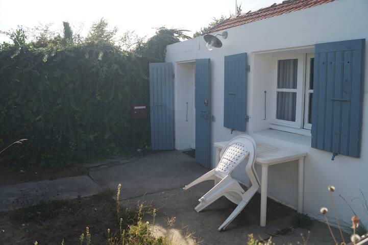 location maisonnette de 24m² avec jardin privé